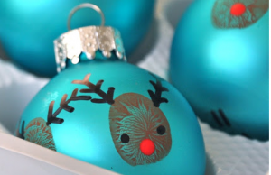 Christmas Craft Ideas Reindeer thumbprint bauble decorations