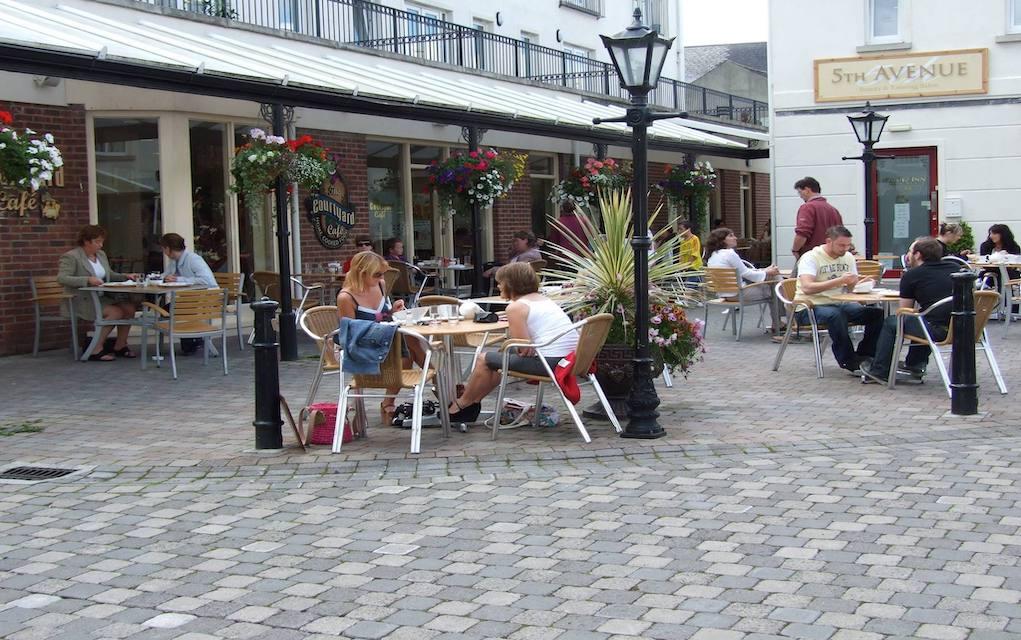 Courtyard Café and Bakery