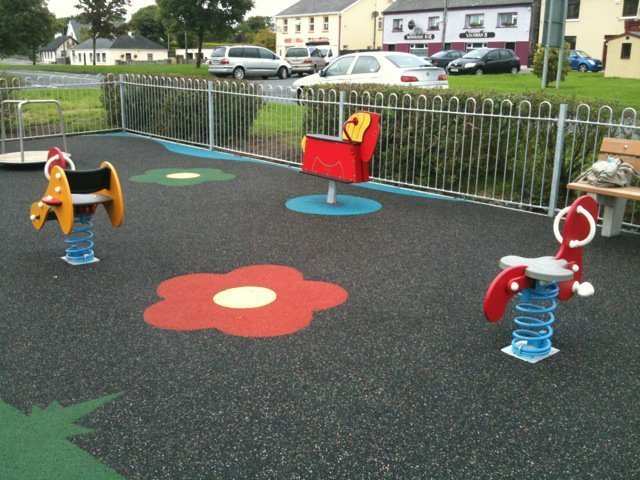 Monivea playground in Galway - Mykidstime