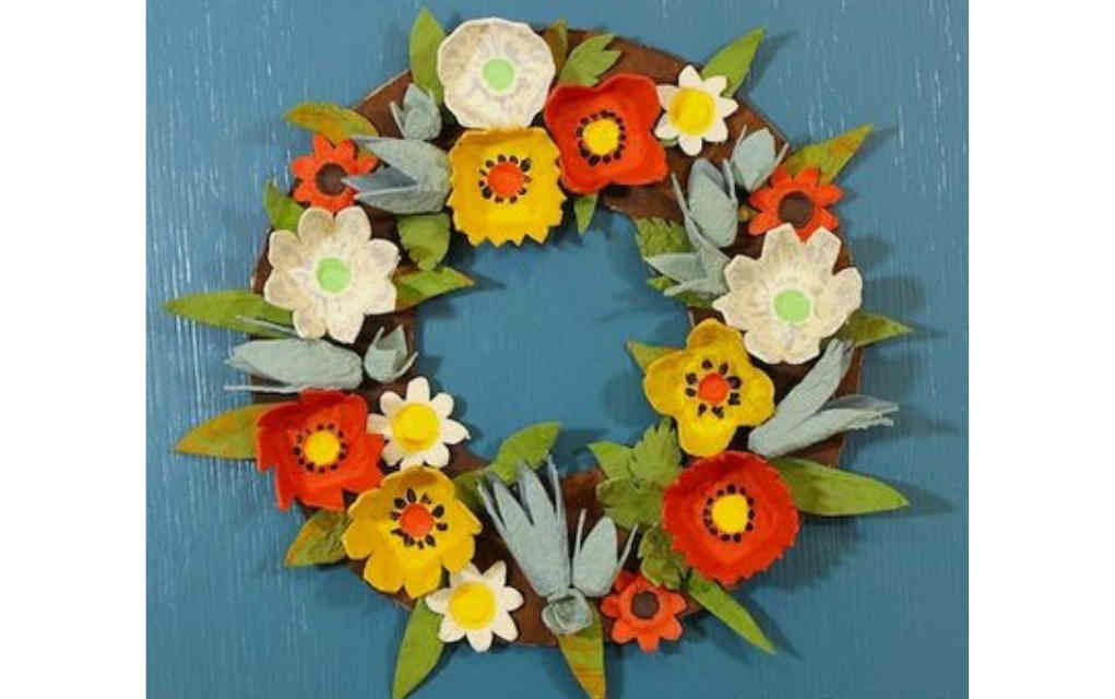 Egg carton wreath for funky crafts for kids - Mykidstime