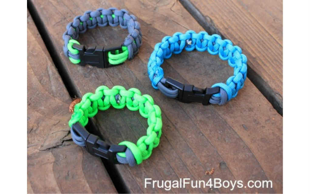 Paracord bracelet for funky crafts for kids - Mykidstime