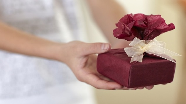 Cost of Communion Gifts