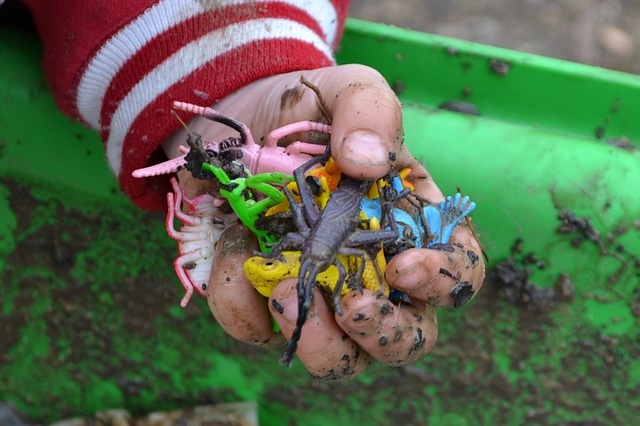 Muddy hand outdoor activities for toddlers