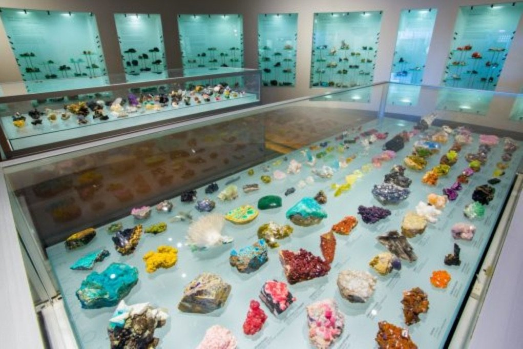 musuems for kids Australia museum Albert Chapman Mineral Collection