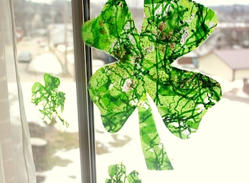 st patricks day crafts suncatcher