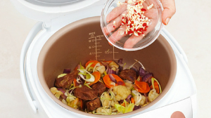 15 slow cooker recipes featured