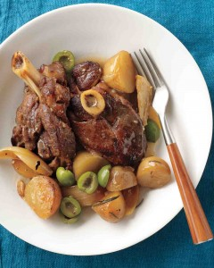 Lamb with olives and potatoes