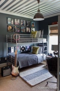Striped-Ceiling-Bedroom-