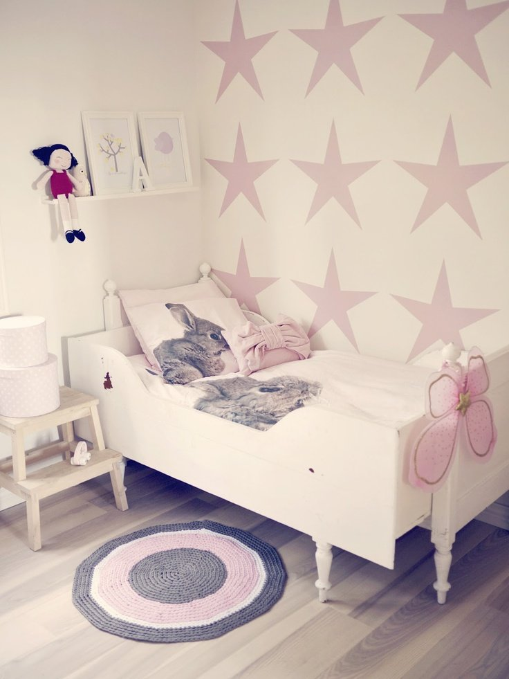 14 glorious girls bedroom ideas that aren 39 t just boring pink - Stuff for girls rooms ...