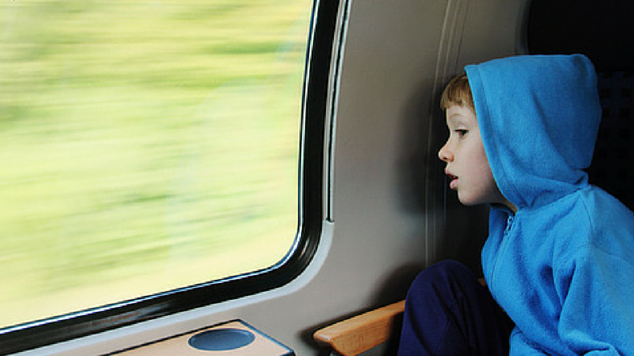 Tips to ease motion sickness kids featured