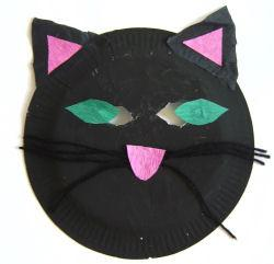15 simple but not scary halloween crafts for toddlers for Cat crafts for toddlers