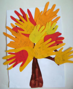 10 easy thanksgiving crafts for kids you 39 ll thank us for for Harvest crafts for kids