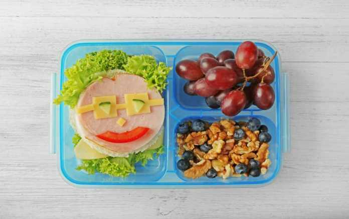 lunchbox idea and lunchbox hacks for kids