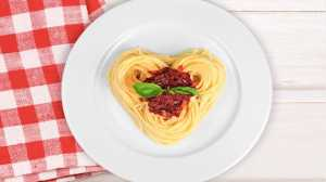 family dinner ideas spaghetti bologense