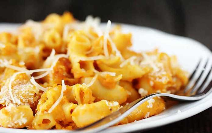 Pumpkin recipes - pumpkin macaroni and cheese
