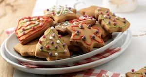 Easy Christmas Cookies Gingerbread Cookies from Stork
