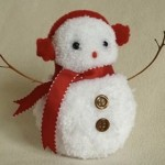 Homemade Christmas Ornaments Snowman Pompom Ornament from handmadegiftsmadeeasy