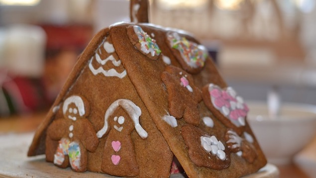 Edible Gingerbread Christmas Tree Decorations : Tempting homemade christmas decorations that you can eat