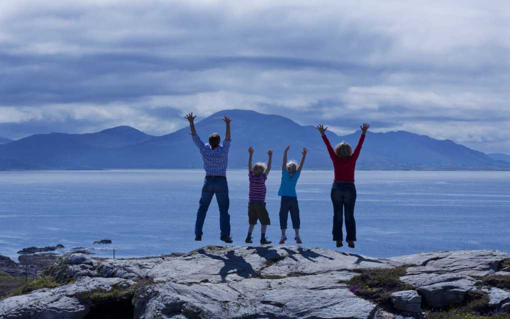 Northern Headlands - Family on top of the world - Malin Head
