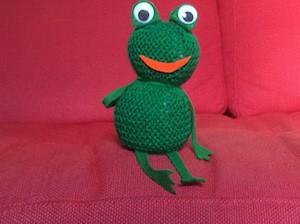 Knitting Frog