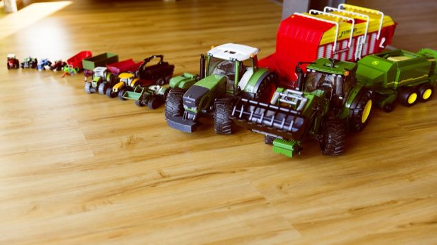 tractors and toys featured