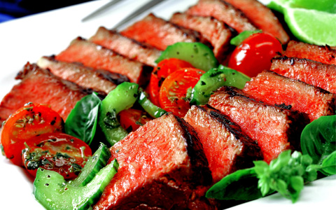 Warm Steak Salad with Tomato, Cucumber and Basil