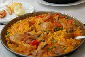 family dinner ideas paella