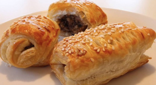 Kid Friendly Christmas Recipes Sausage and Pudding Rolls from Clonakility