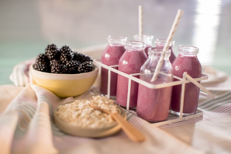 healthy breakfast ideas blackberry oat smoothie
