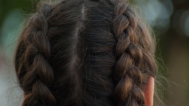 Hairstyles to Prevent Lice and Nits