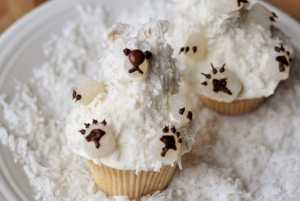 Christmas Cupcake Recipe Polar Beat from Mels Kitchen Cafe