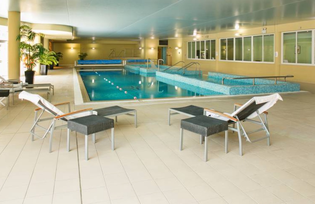 the amber springs hotel pools in Wexford
