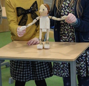 Entertainment for families at glor Ennis Puppet_manipulation_Mykidstime