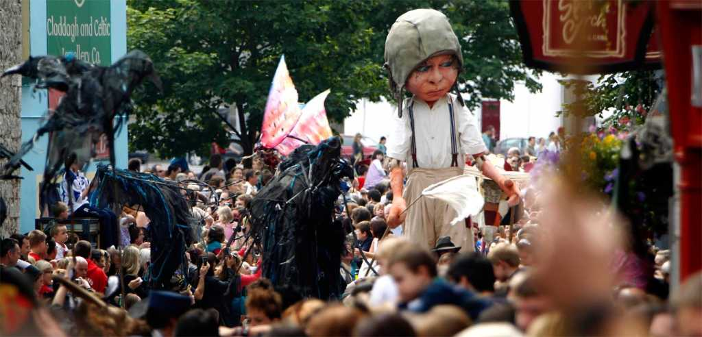 free things to do in Ireland macnas parade galway arts festival