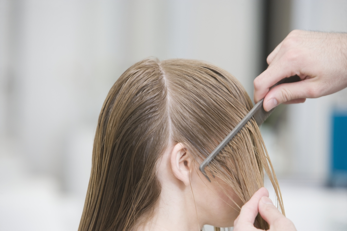 combing hair head lice