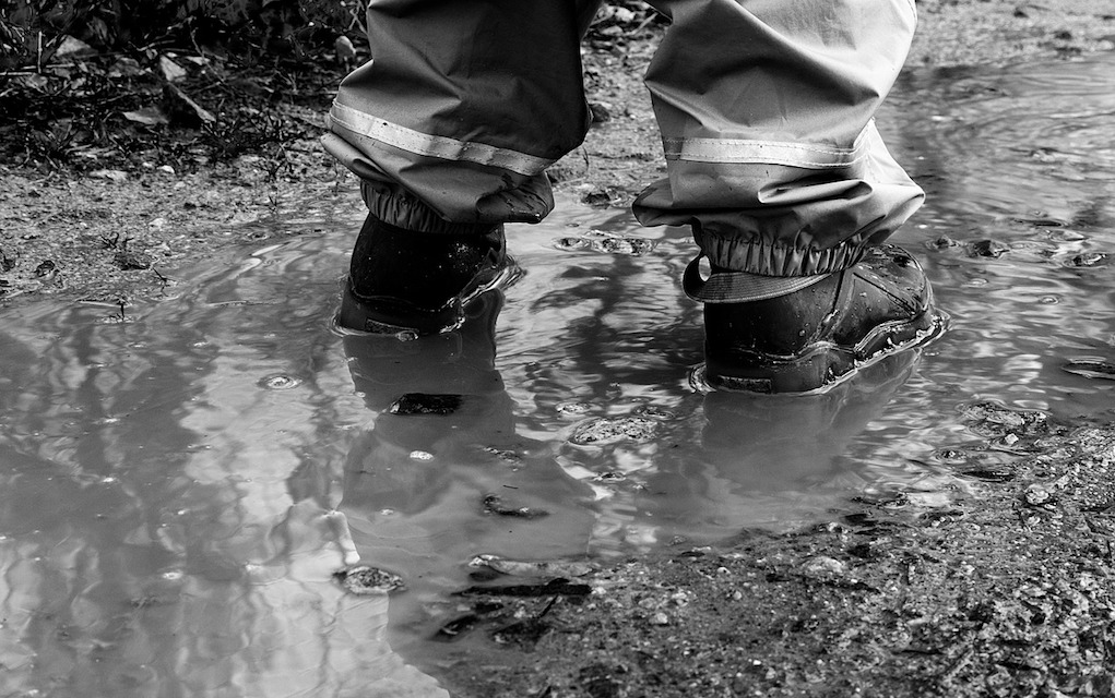 shoes in puddle top tips for buying school shoes