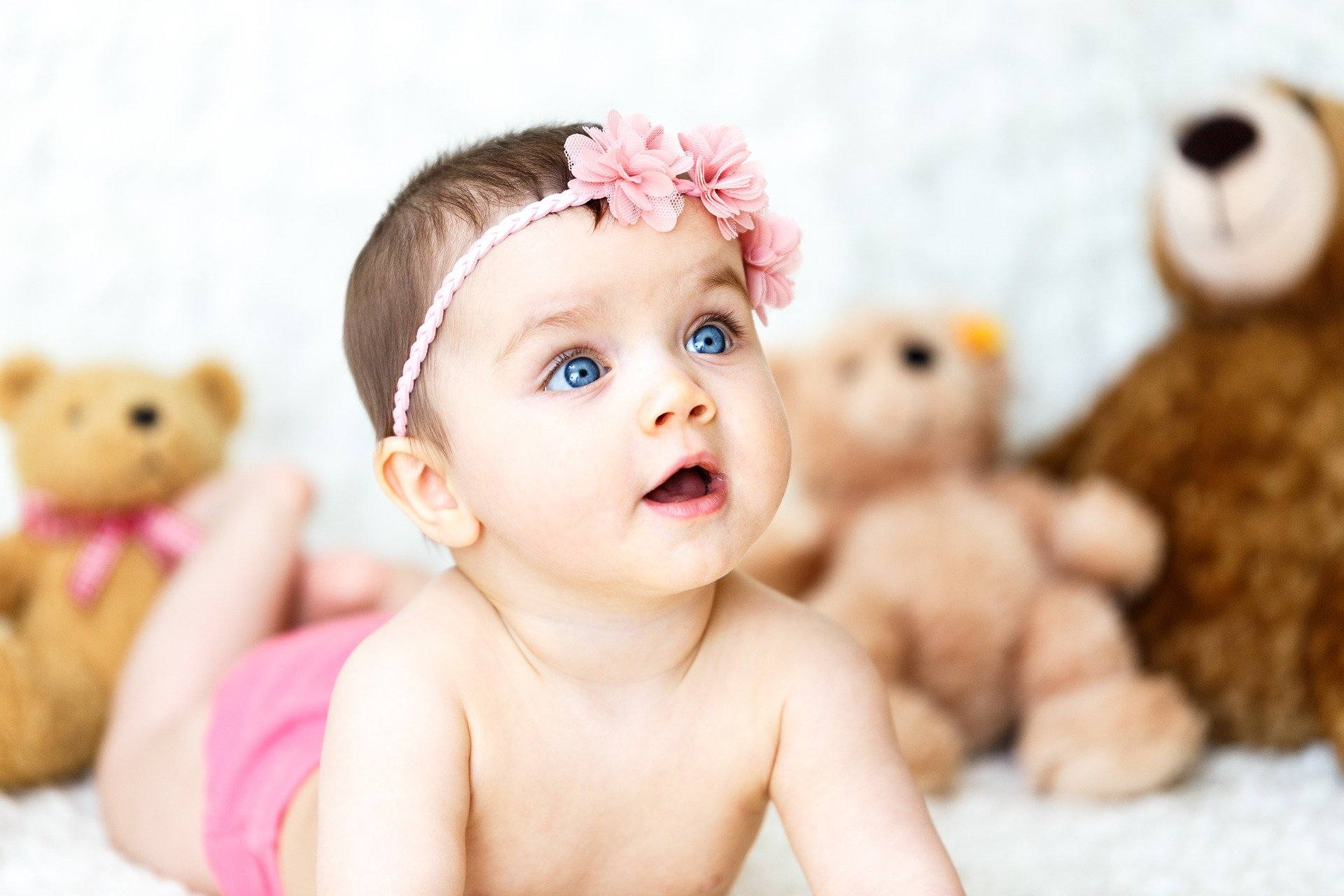 30 blooming cute flower baby names for girls