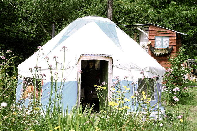 inch hideaway glamping