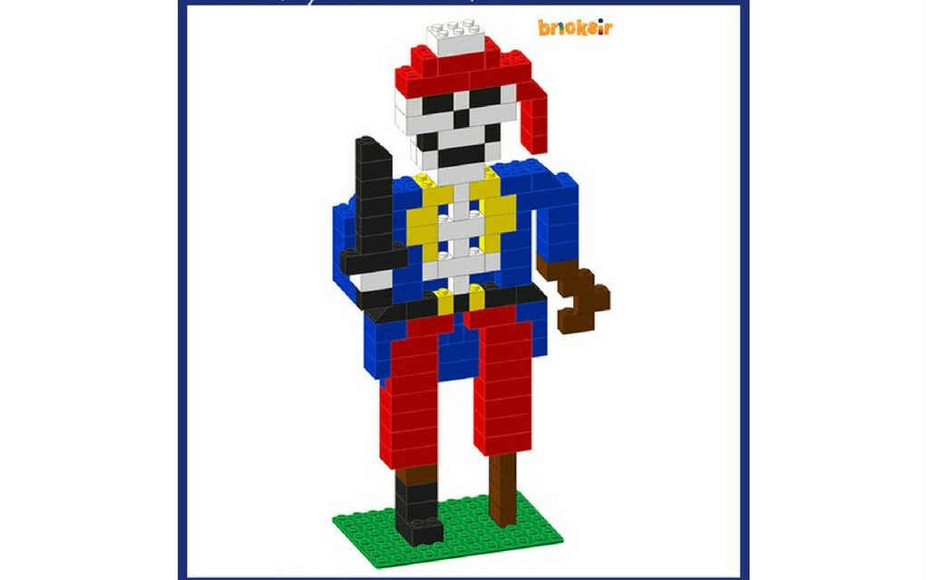 Lego Halloween - skeleton pirate from BricksIR