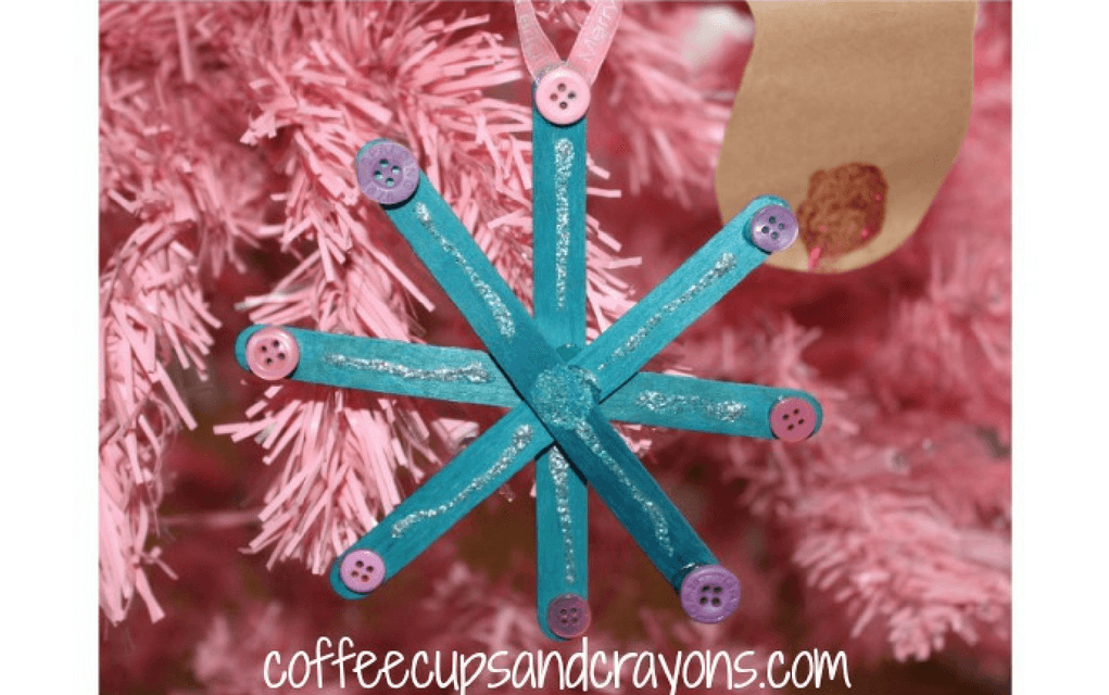 Lollipop snowflake for preschooler Christmas crafts