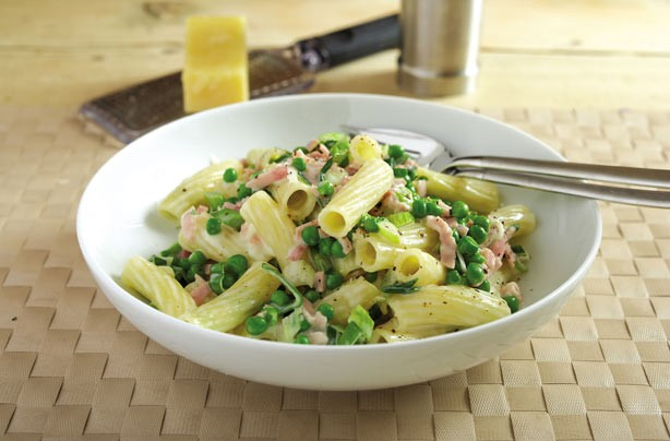 leek pea and ham pasta