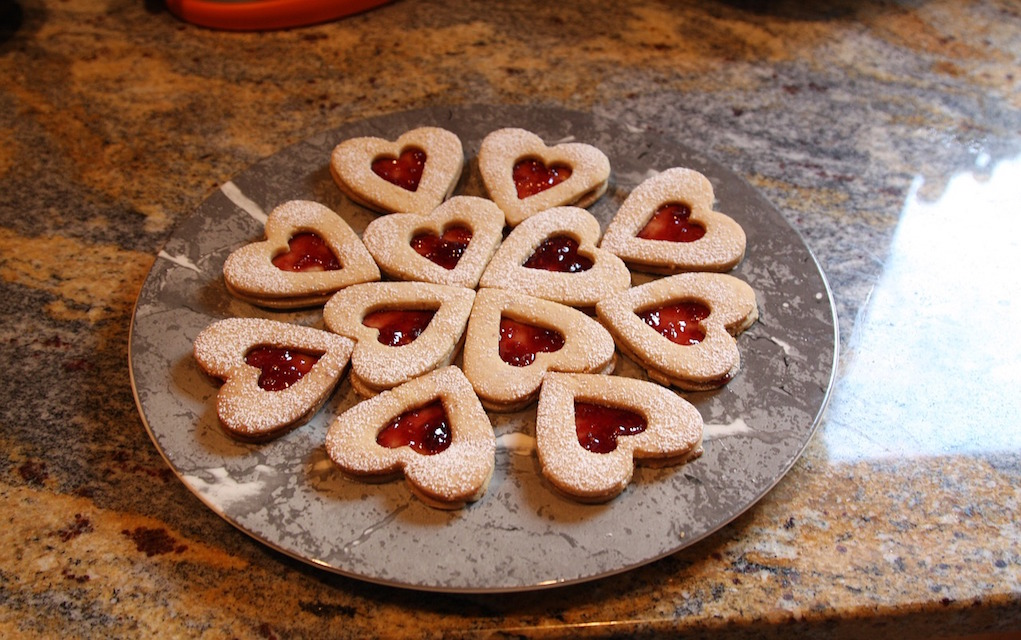 7 Tempting Valentine Cookie Recipes That Say I Love You