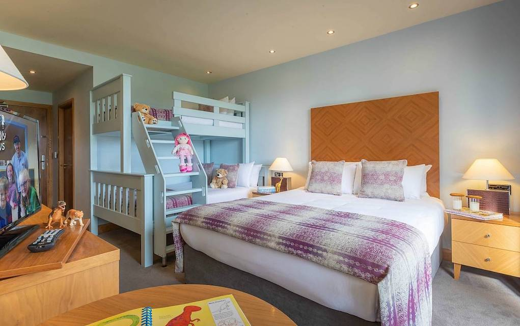 Family-Rooms-Connacht-Hotel-Galway