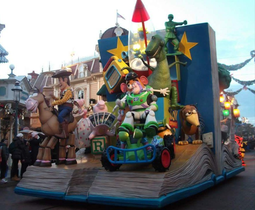 My Top Tips for Going to Disneyland Paris on a Budget