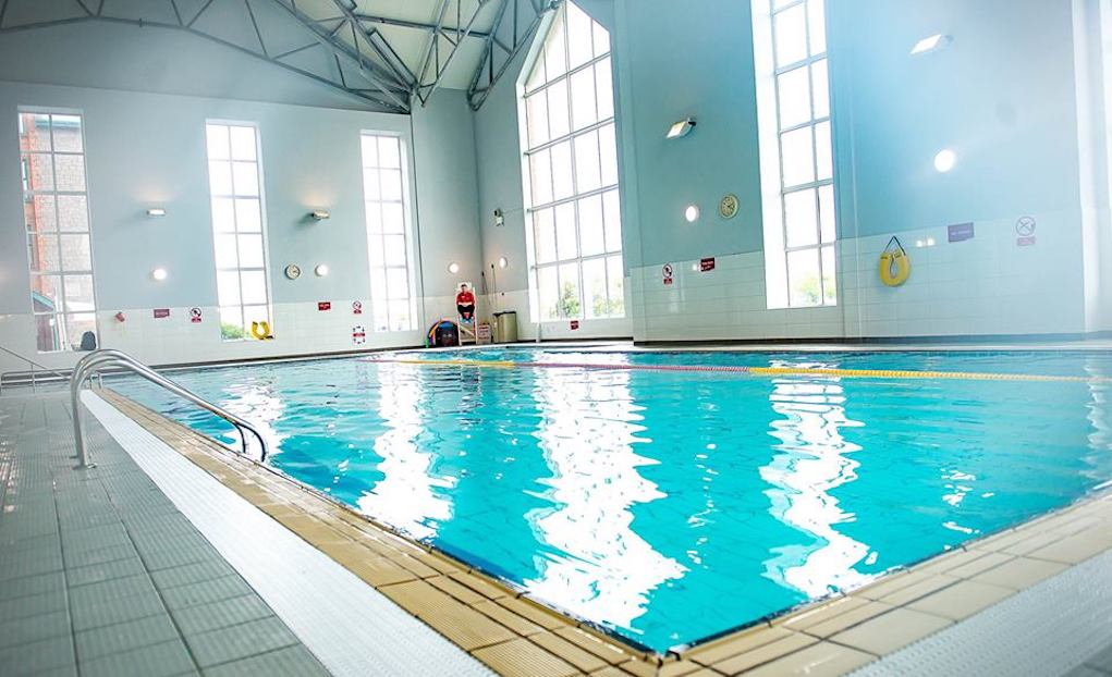 Best family friendly hotel pools in ireland for Maldron hotel tallaght swimming pool