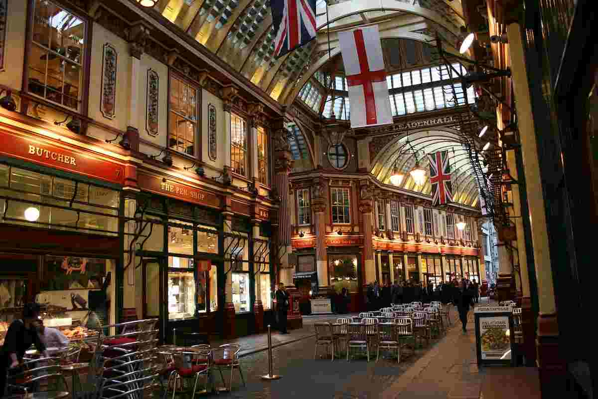 leadenhall market for harry potter places to visit