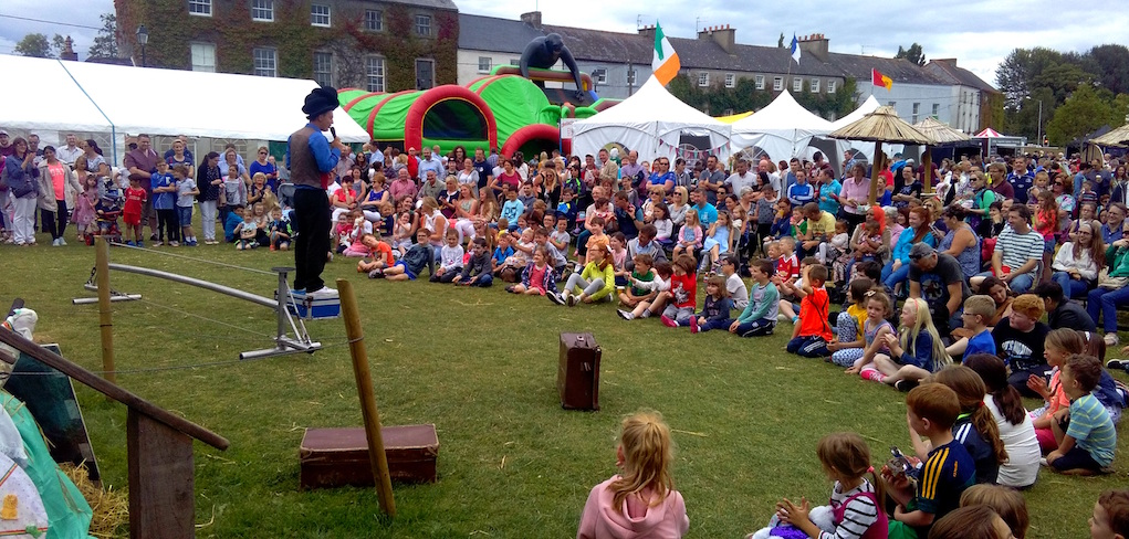 Wobbly Circus Show Shannon Heritage
