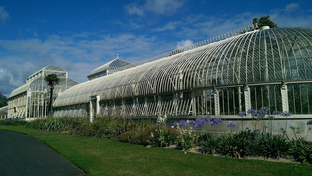 Botanic Gardens Dublin Spring Walks for families in Ireland