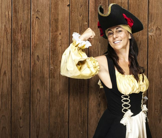 Diy Halloween Pirate Costumes For The Whole Family
