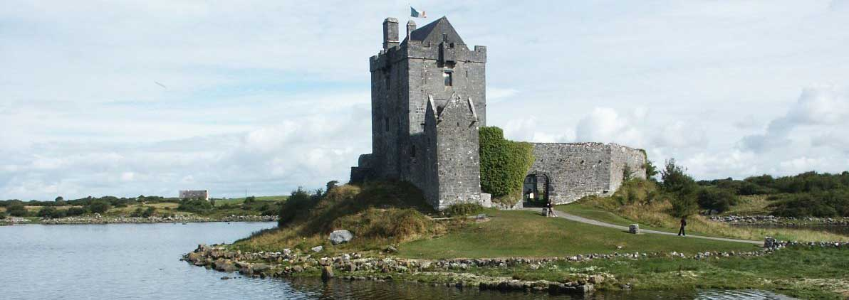 dunguaire castle castles in Ireland
